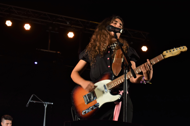 Ona Osuna, vocalista de Nawlins, durant el concert de la Prèvia