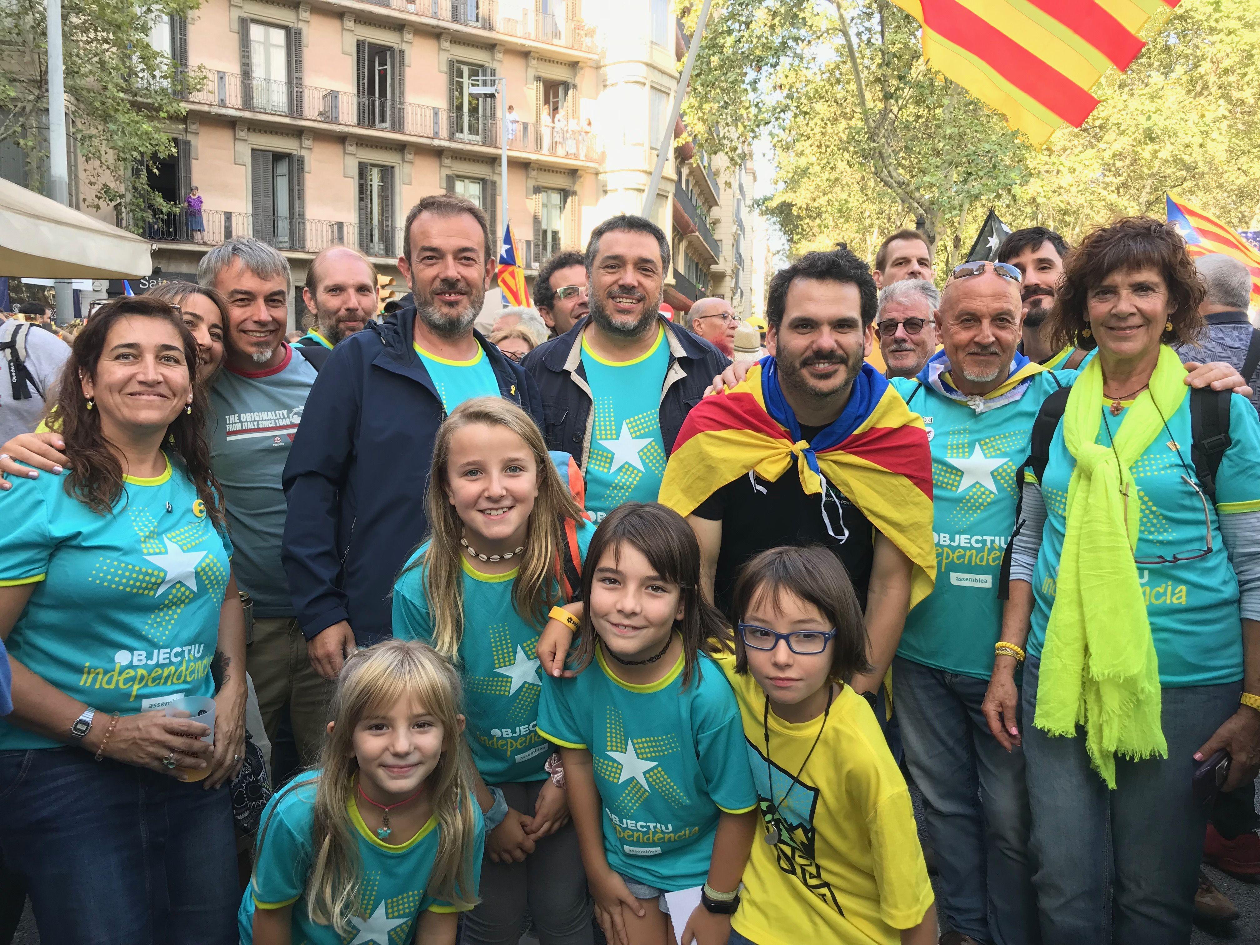 Membres de Junts per Cerdanyola a la manifestació