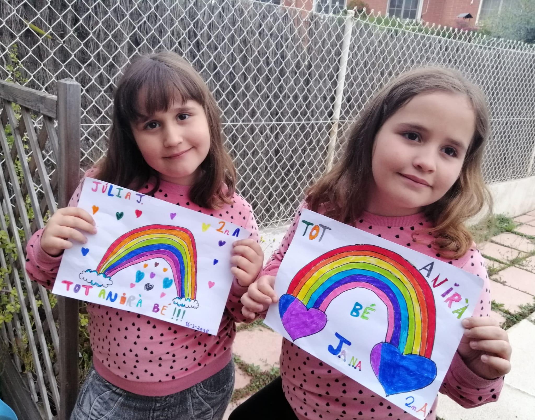 La Júlia i la Jana #esquedenacasa perquè #aquestviruslaturemunits