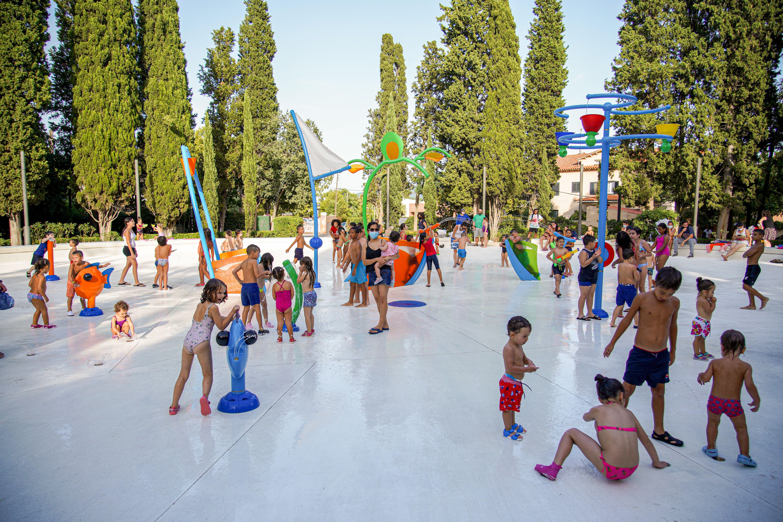 Les fotografies de les zones dels jocs d'aigua a Cerdanyola / Laura Arias