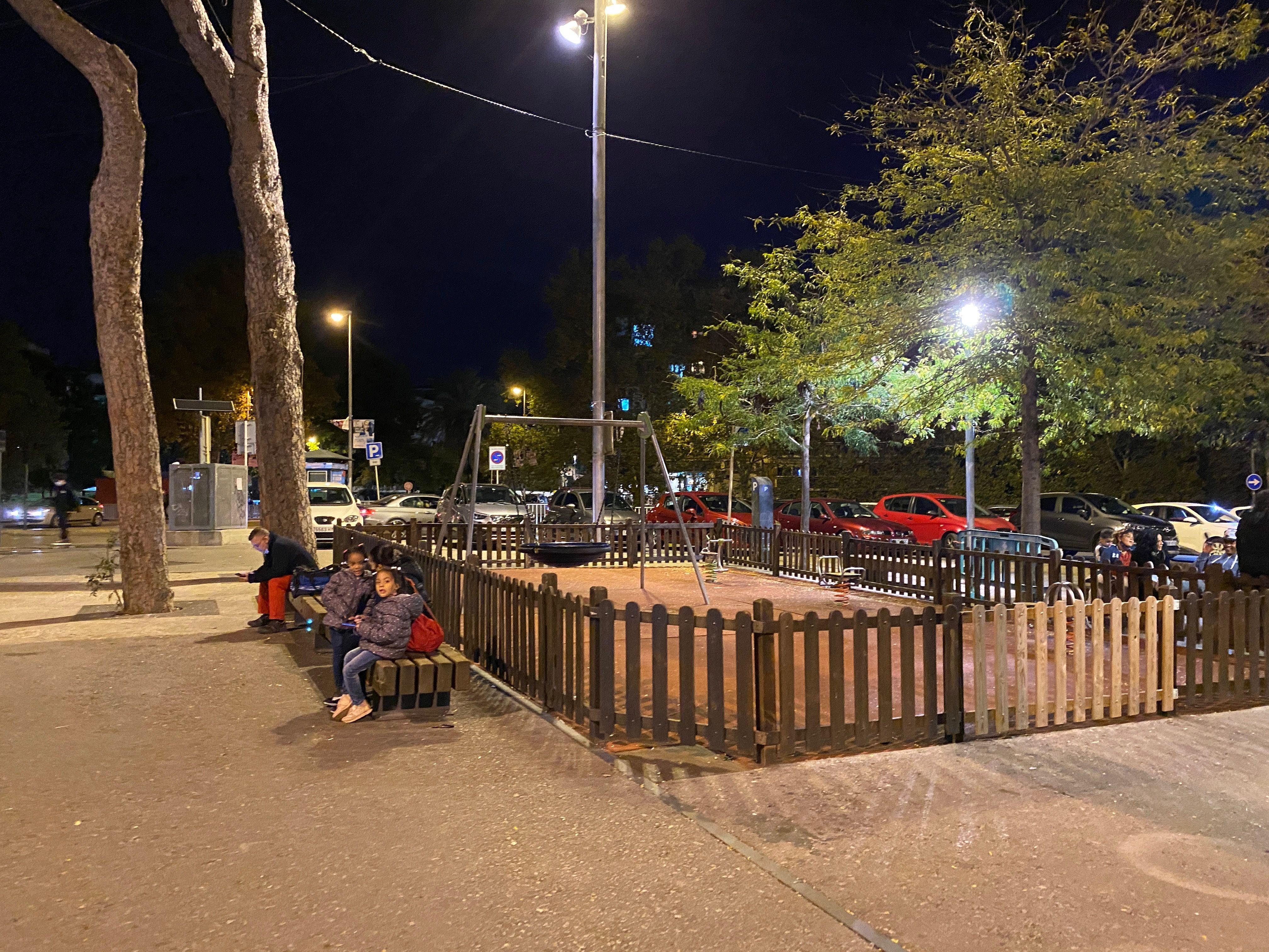 Els parcs es mantindran tancats a partir de les 20 h