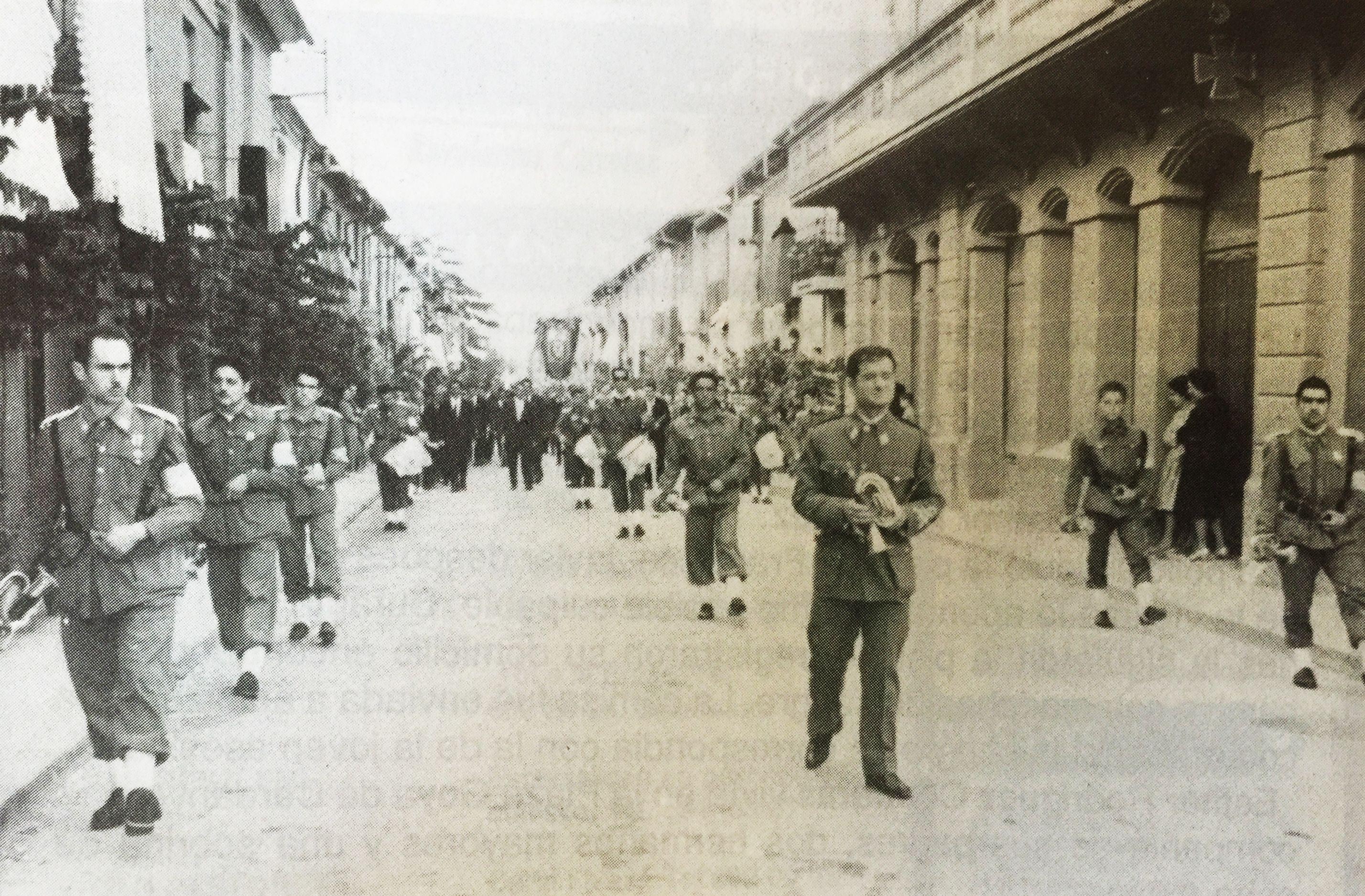 Processó del Corpus Christi als anys 50. Imatge publicada al TOT Cerdanyola 121