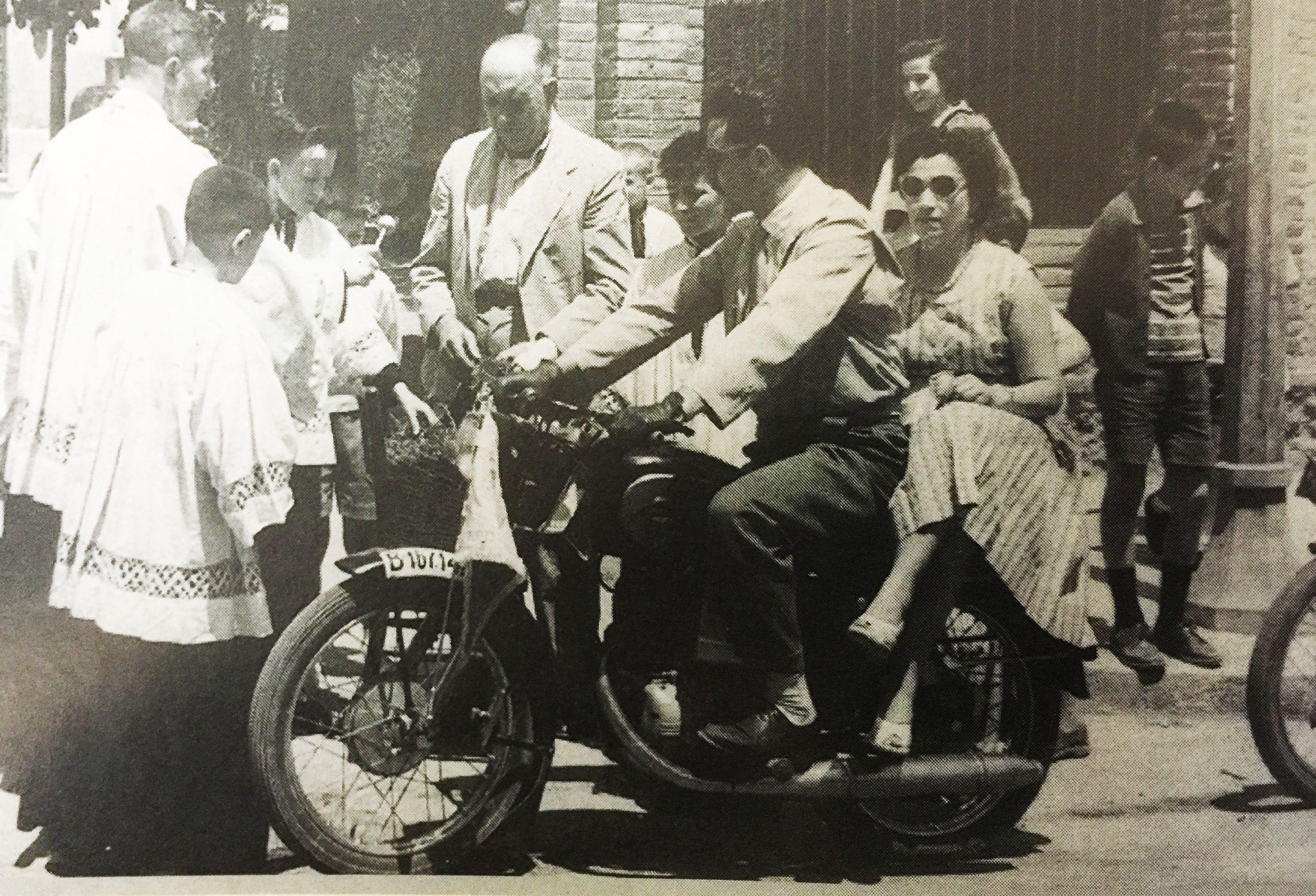 Festivitat de Sant Cristòfol l'any 1959. FOTO: Cedida per la Família Prieto