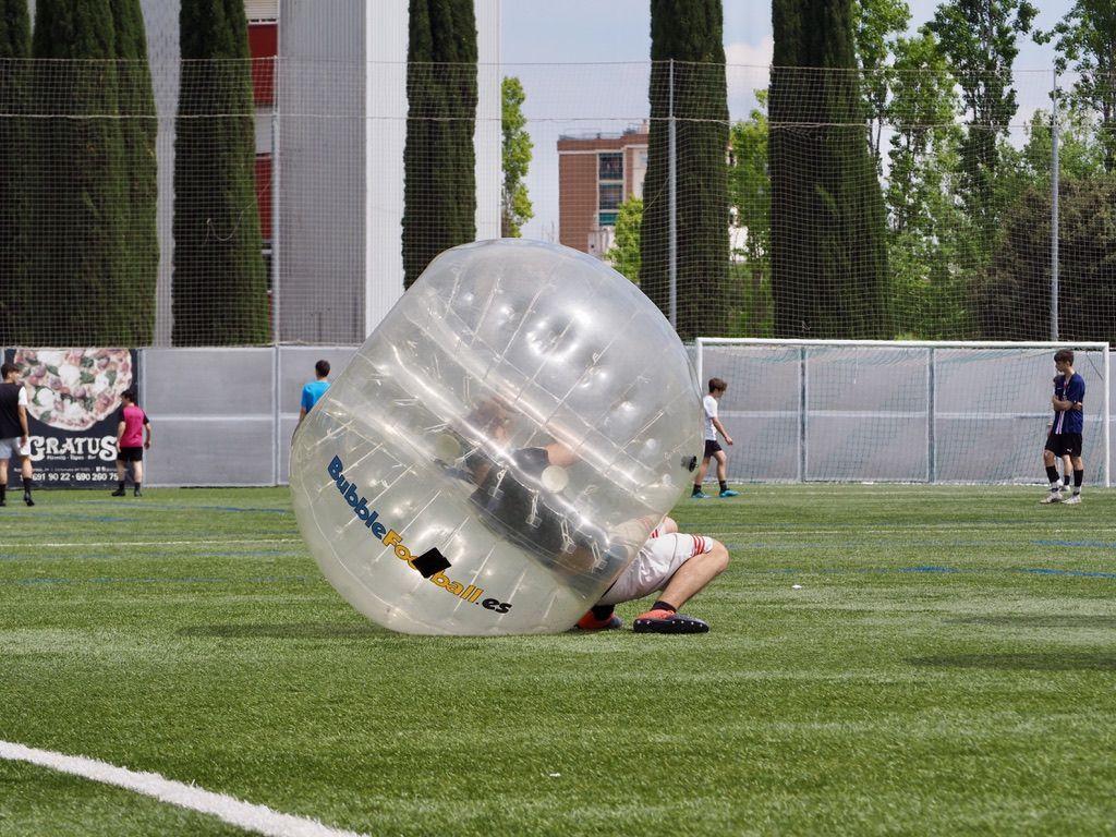 Bubble football a Fontetes / FOTO: Mònica Garcia