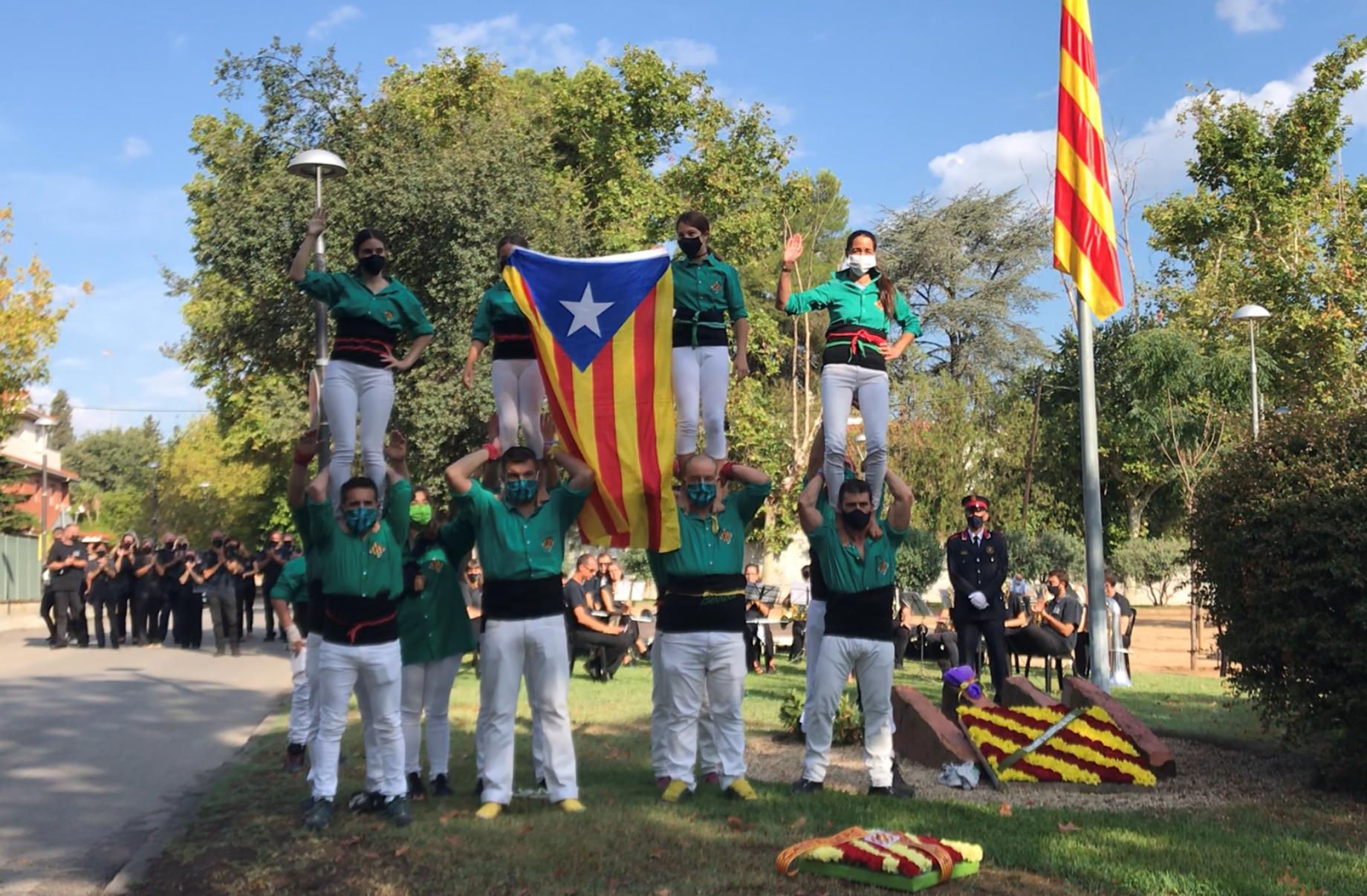 Pilars d'honor dels Castellers de Cerdanyola. FOTO: Nora Muñoz
