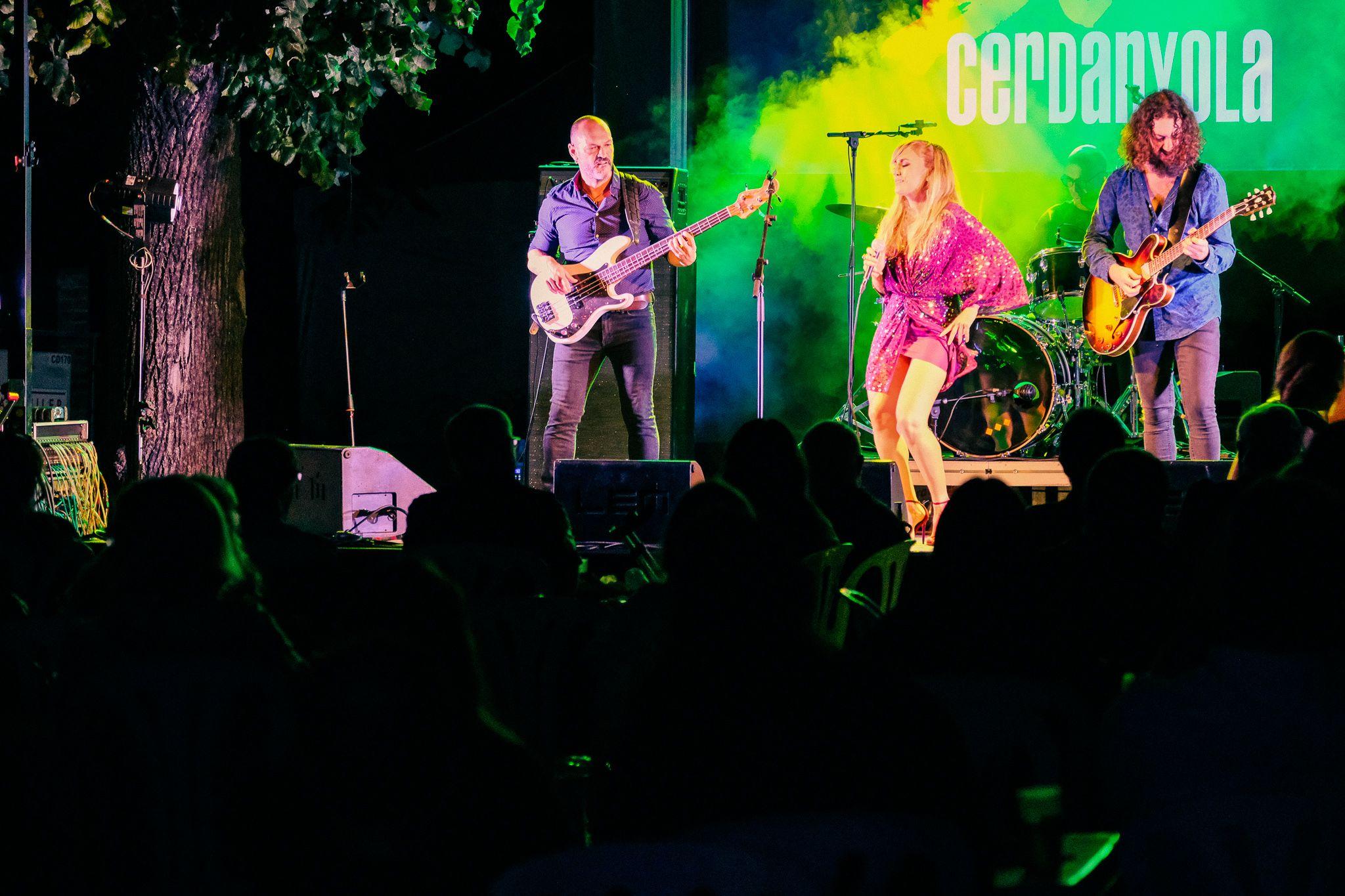 Actuació de Kid Carlos la primera nit de Blues a la Masia Can Fatjó, divendres 1 d'octubre. FOTO: Ale Gómez