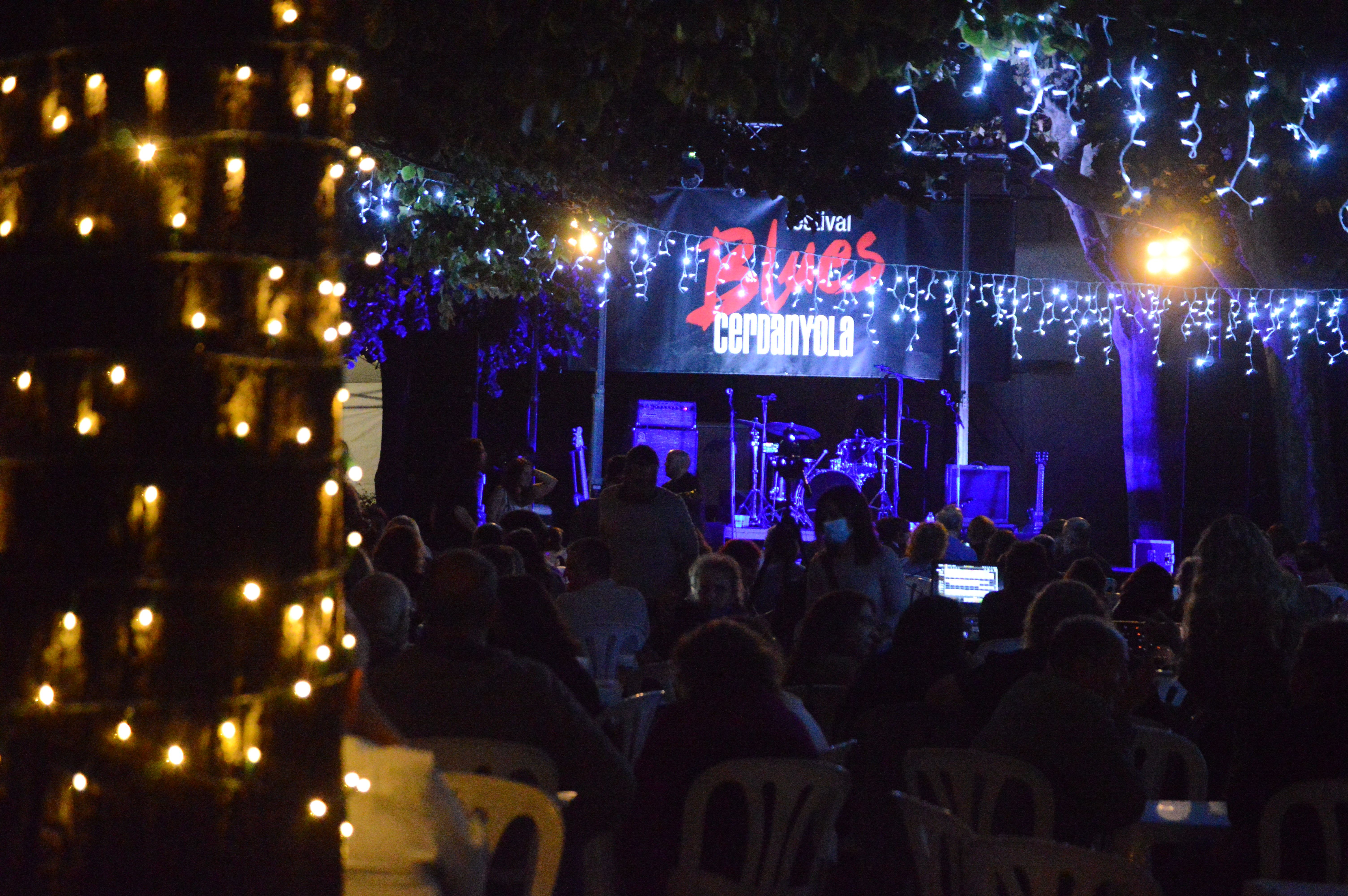 Públic al concert de Zalomon Grass la nit de dissabte a Can Fatjó. FOTO: Nora Muñoz