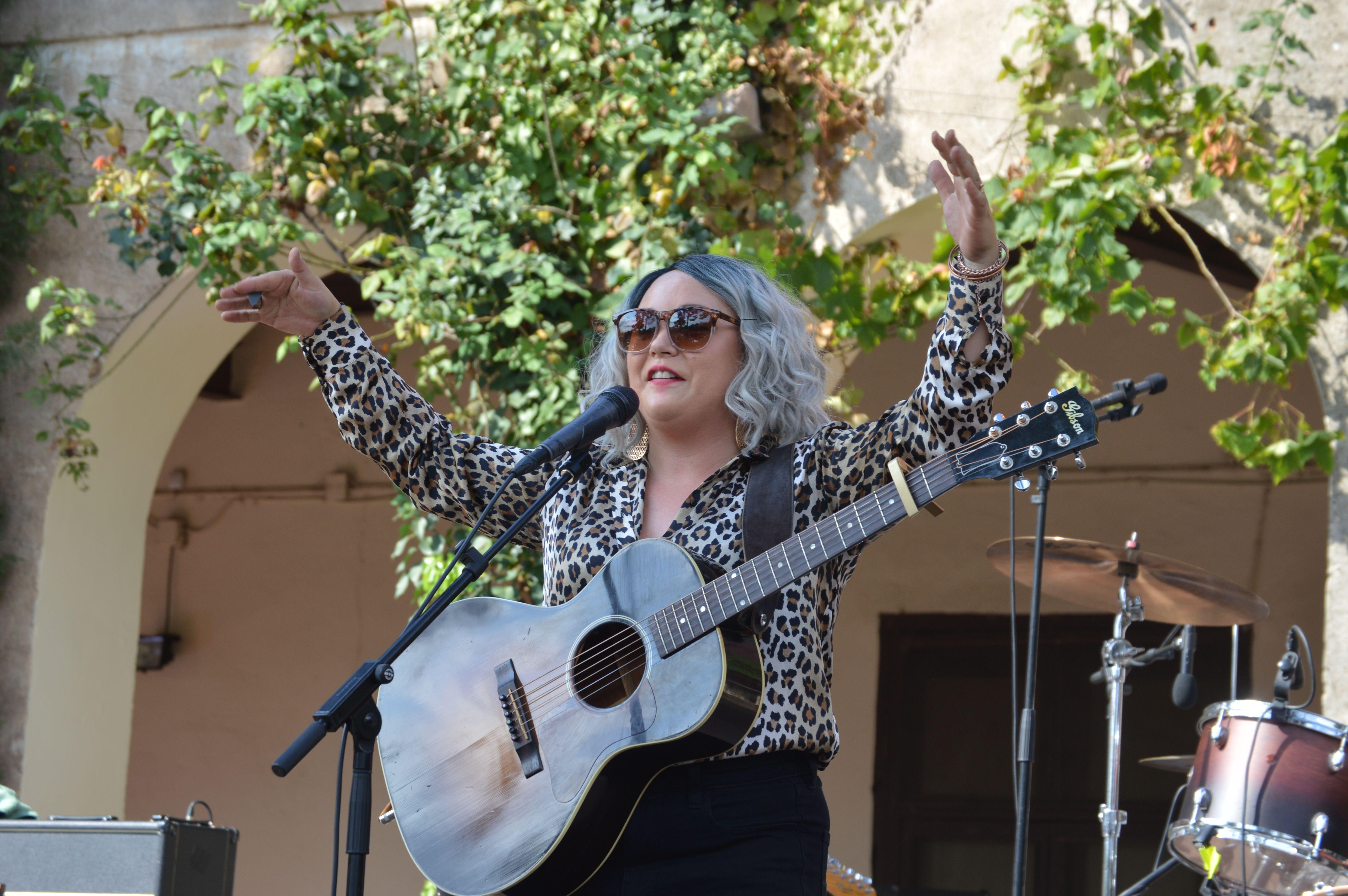 Vocal del concert de Samantha Martin & Delta Sugar dissabte a Can Cordelles. FOTO, Nora Muñoz