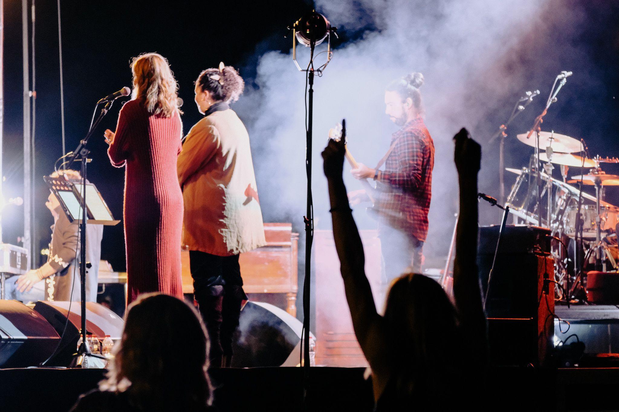 Concert de Gaby Jogeix la nit de dissabte al Mercat de les Fontetes. FOTO, Ale Gómez